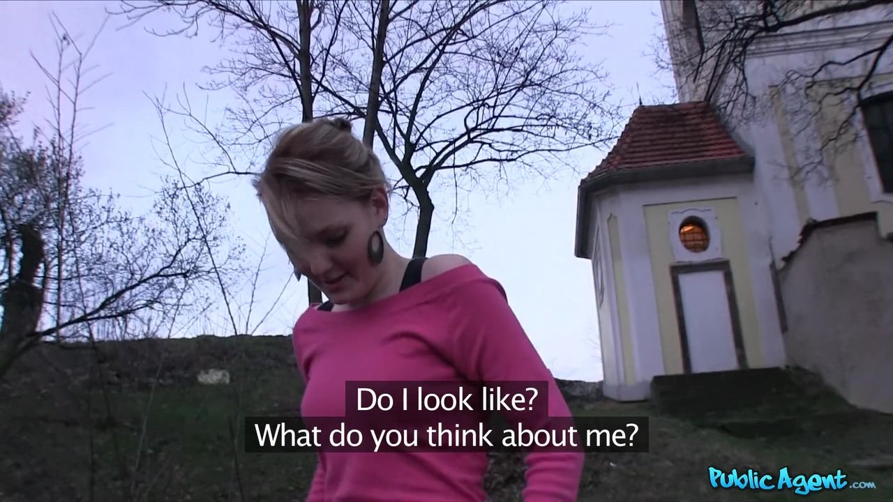Fake public agent Skinny Girl